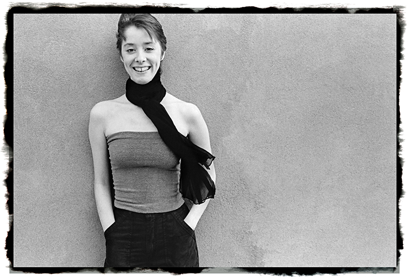 Suzanne_Vega-2©1979-Irene-Young-ghf-lr